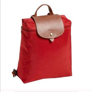 longchamp le pliage backpack perfect for travel